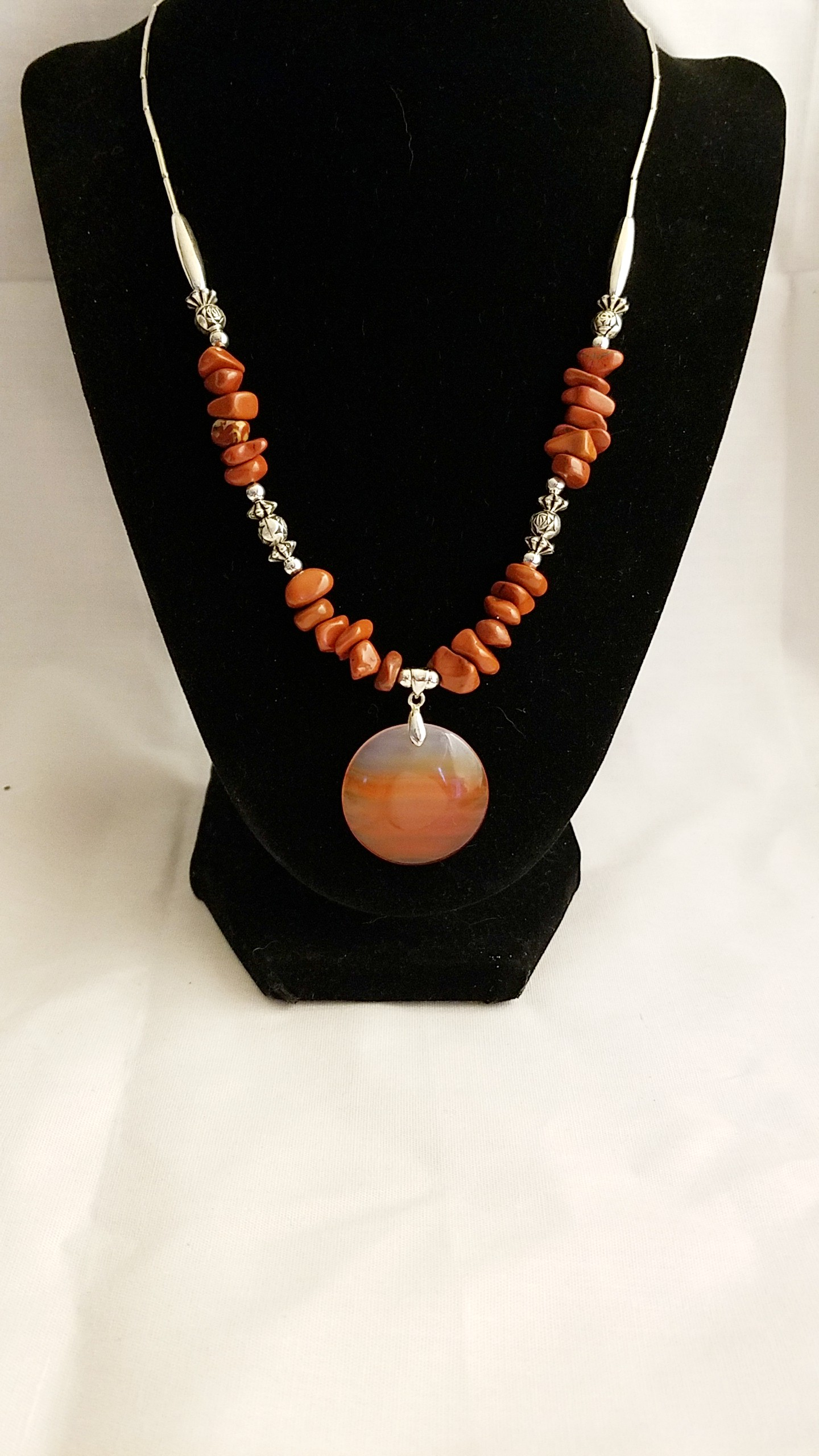 Luxurious Agate Pendant